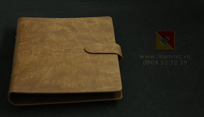 Dịch vụ in ấn sổ còng bìa da tại công ty TNHH in ấn Việt